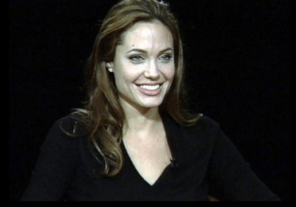 Is Angelina Jolie Considering A Career In Politics? Should She Run For President?