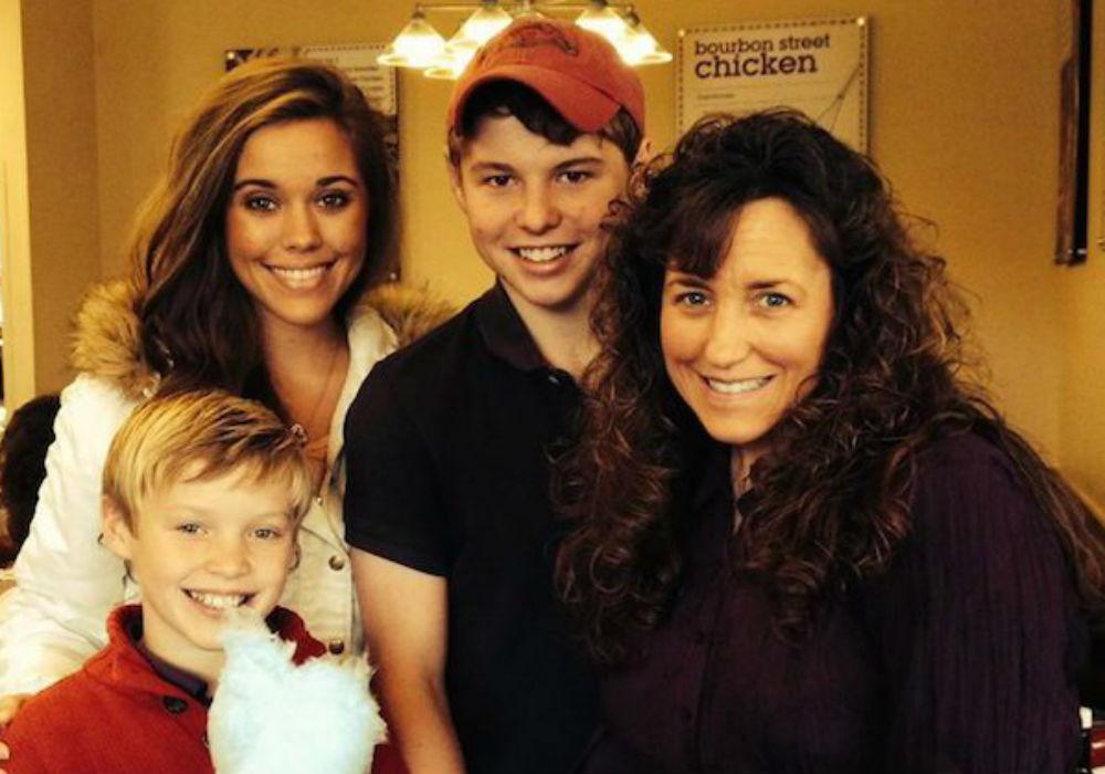 'Counting On' Fans Show Concern For Michelle Duggar After Shocking Weight Loss