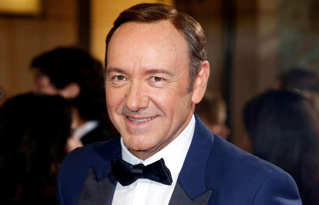 Kevin Spacey Officially Charged With Felony Sexual Assault - Releases Bizarre Frank Underwood Video