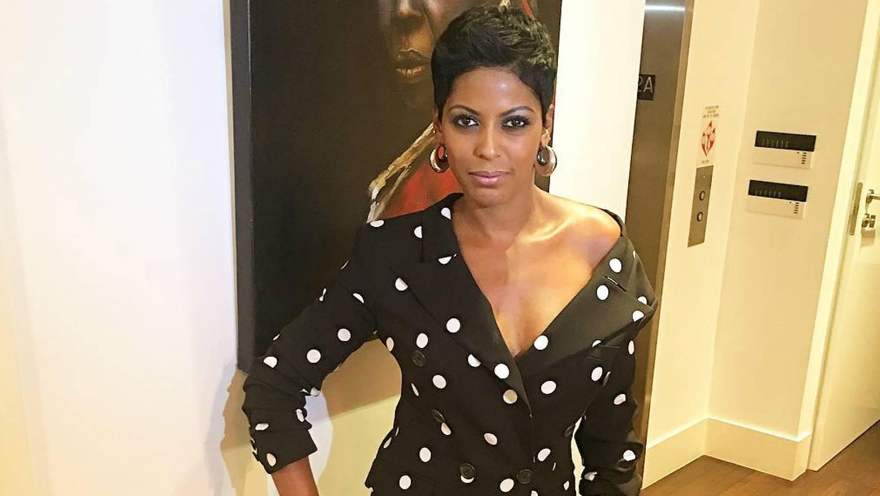 Tamron Hall Posts Picture Of Her Slim Silhouette Next To A Massive Elegant Christmas Tree And Fans Love It