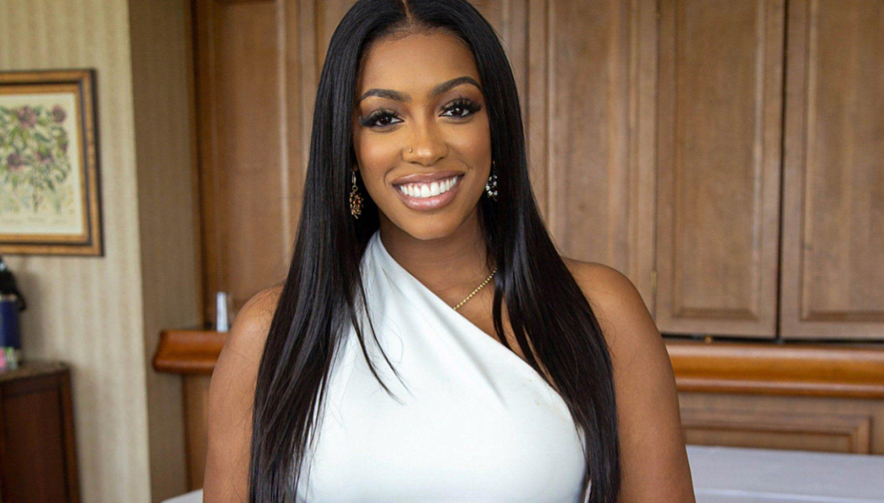Porsha Williams Looks Gorgeous In Her Babymoon Professional Photo Shoot In The Bahamas - Fans Love Her Pregnant Belly