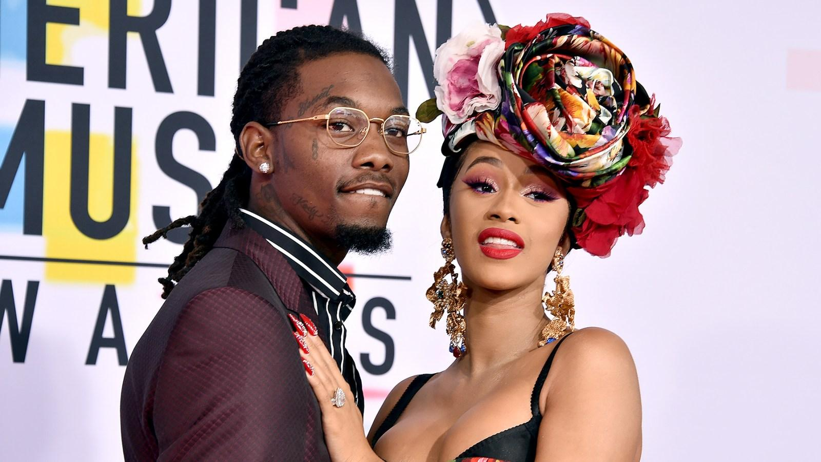 Cardi B Fuming As Offset Surprises Her On Stage Trying To Win Her Back - Check Out The Awkward Videos!