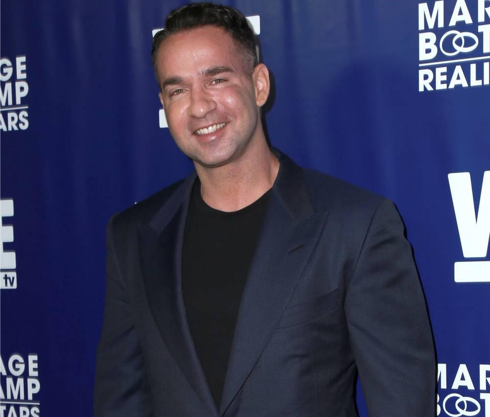 Mike 'The Situation' Sorrentino And His Wife Lauren Celebrate Christmas At Home Before Going To Prison!