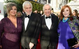 Dick Van Dyke And Henry Winkler Walk The Golden Globes Red Carpet As 'Happy Days' Cast Give Message To 'Barry' Star
