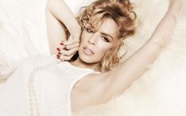 Kylie Minogue Phones The Police Following Altercation With A Stalker