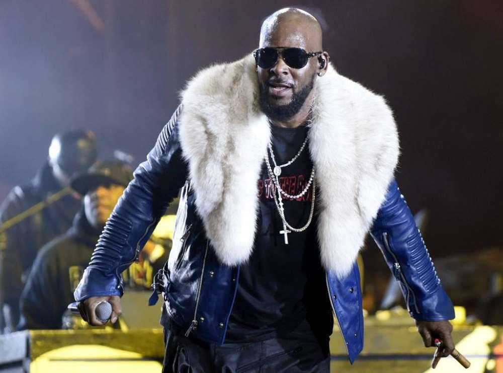 R. Kelly Reportedly 'Having Panic Attacks' Now That The Lifetime Series Is Out