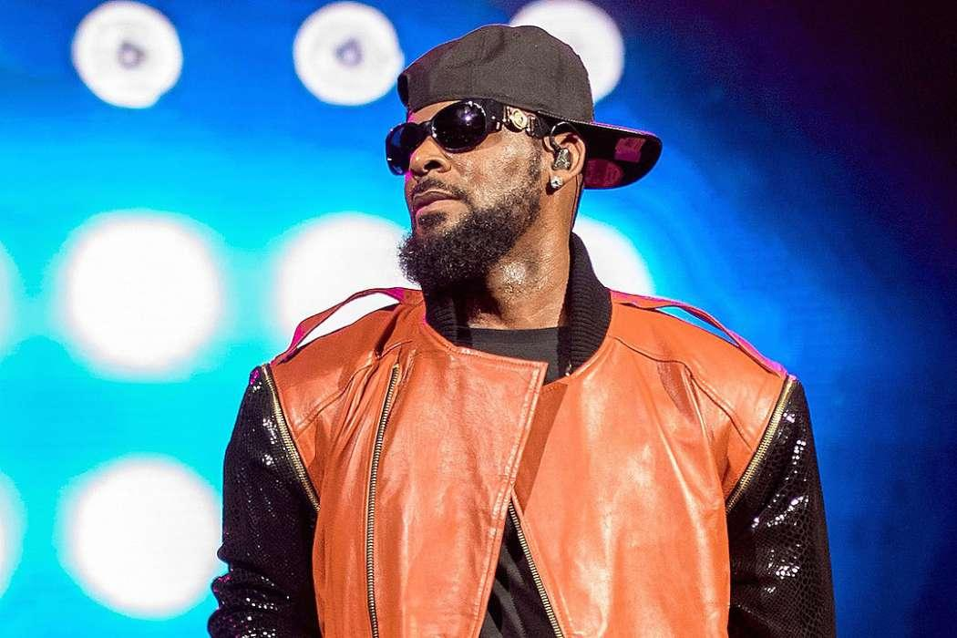 R. Kelly's Appearence At Chicago Music Festival Canceled Due To New Batch Of Allegations