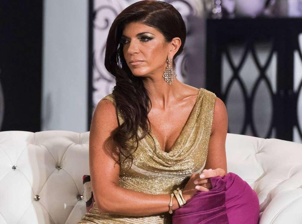 Teresa Giudice Hangs Out With Unknown Man On NYE - What About Joe?