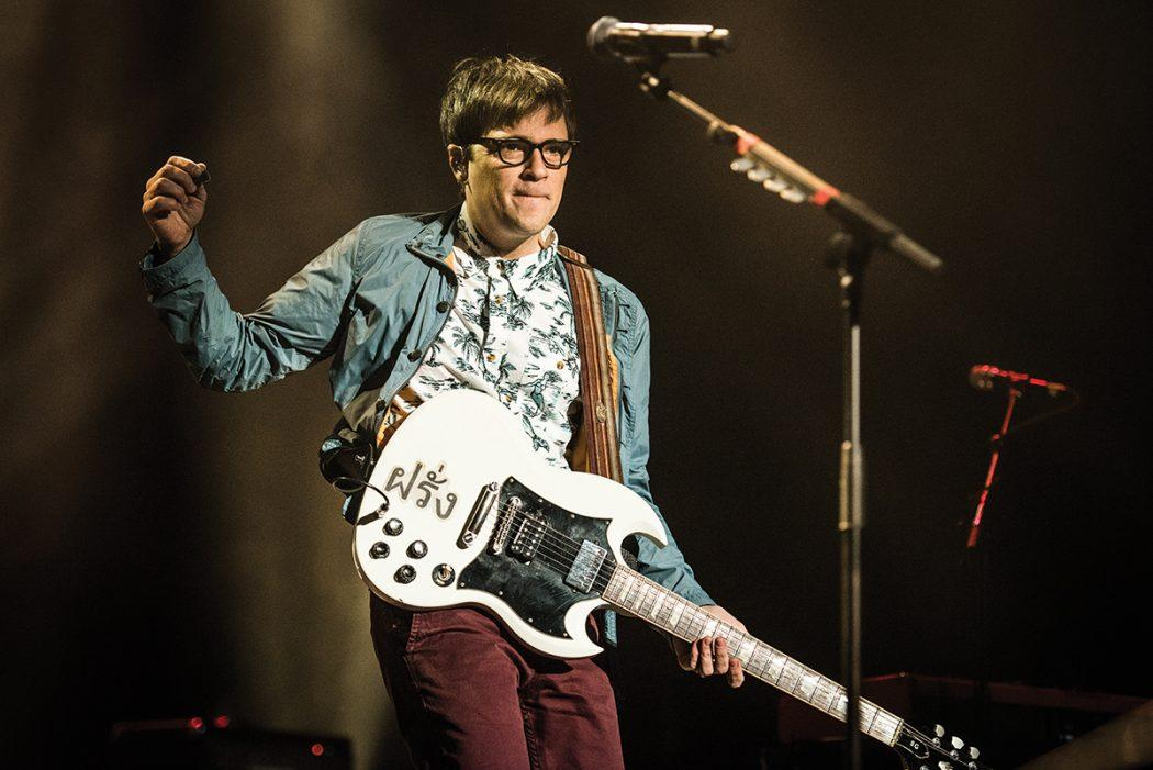 """Weezer Releases Brand New Album Of Covers Following Their Massive Tribute """"Africa"""""""