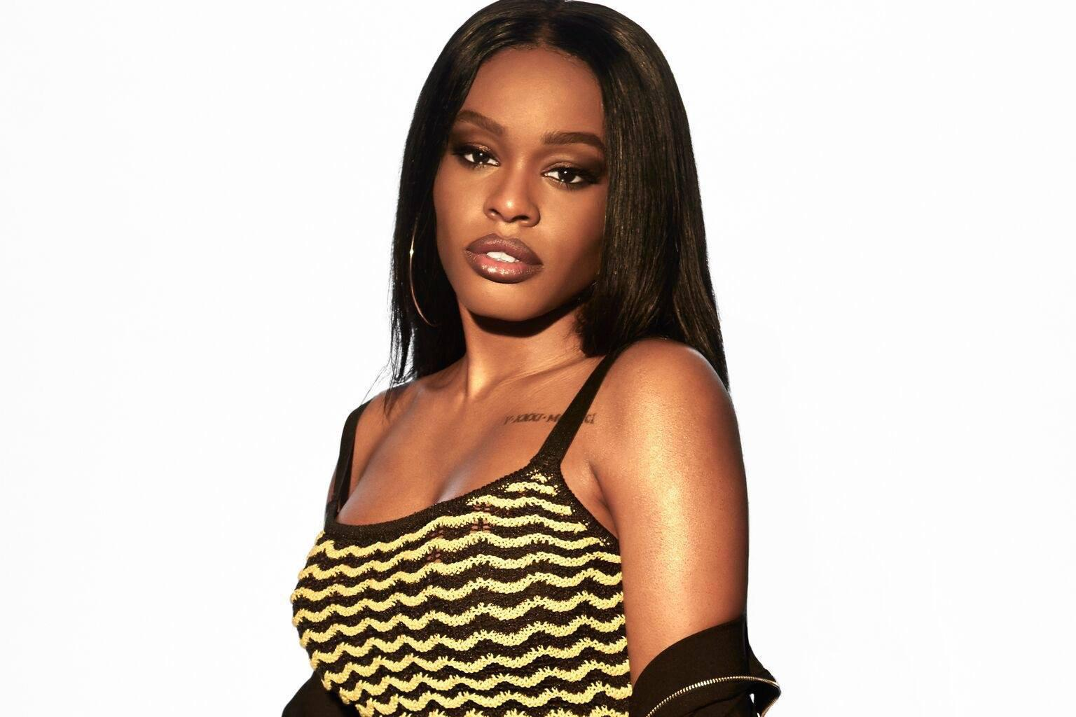 Azealia Banks Cries And Slams Irish Women As 'Ugly' During Video After Being Banned From Airline