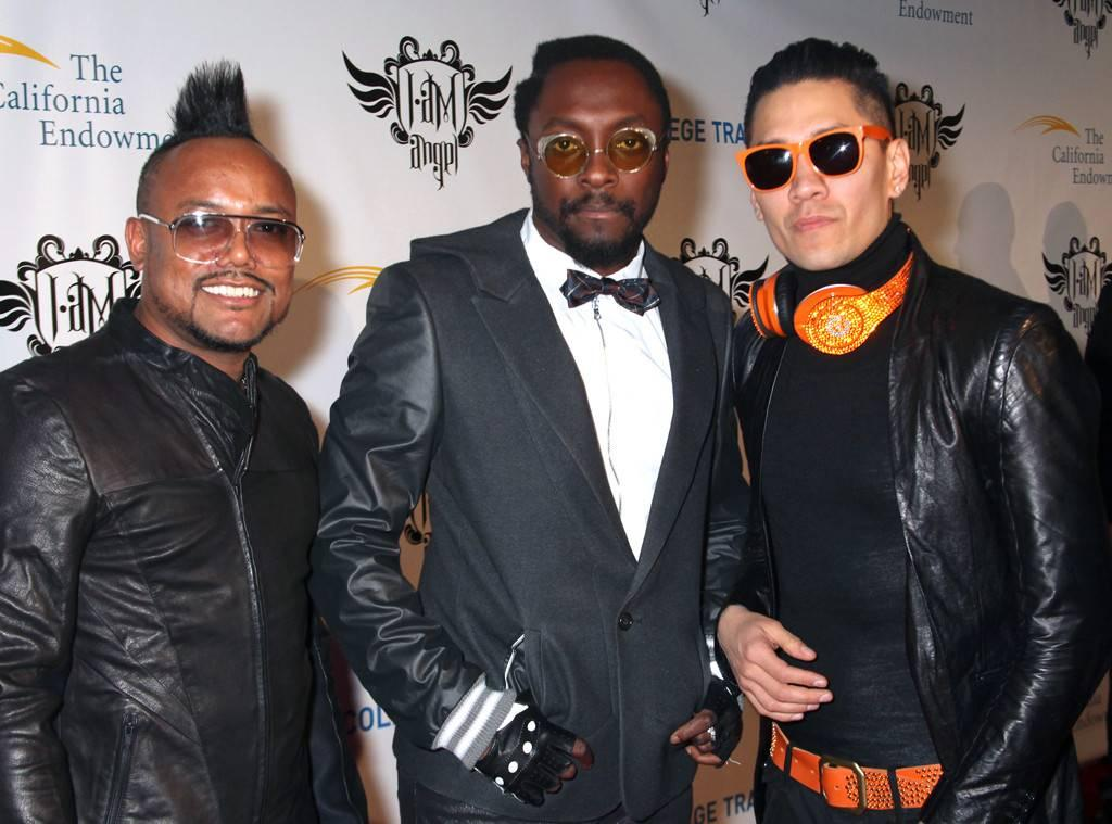 Will.i.am Hilariously Reacts To Instagram Not Recognizing He Is Part Of Black Eyed Peas And Removing His Music!