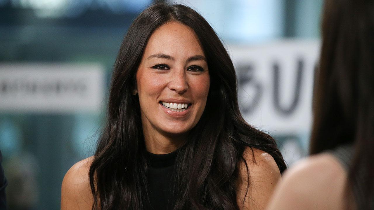 Joanna Gaines Gets Candid About The Pressures Of Social Media That She Fell Victim To!