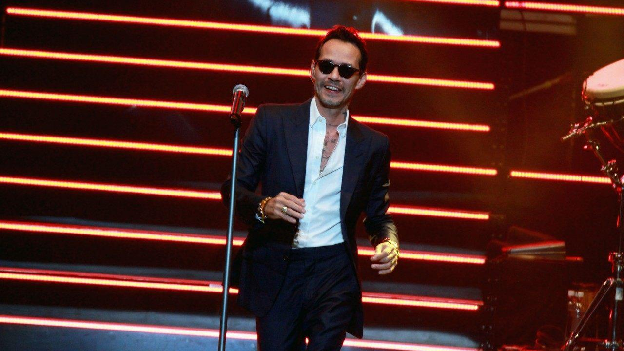 Marc Anthony Invites Dancing Little Girl Onstage During Concert - Check Out The Adorable Moment!