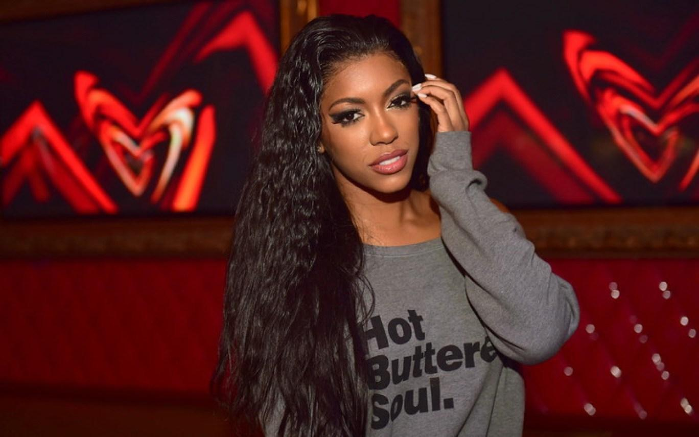 Porsha Williams Looks Gorgeous With Flowers From Her Fiance And Starts The Baby PJ Countdown