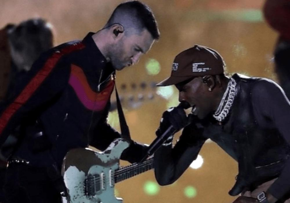 Adam Levine's Dance Moves Trolled On Twitter, Called 'Too White' — Is It Reverse Racism?