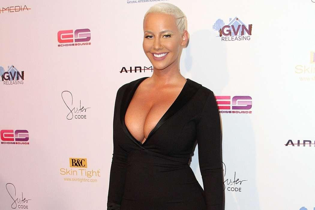 Amber Rose Inadvertently Dragged Into 21 Savage's Immigration and Customs Fiasco