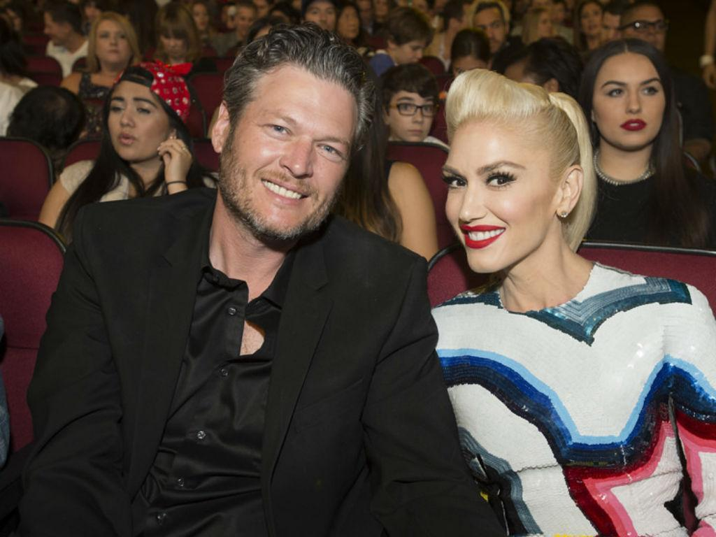 """Blake Shelton & Gwen Stefani Reportedly Have Serious """"Issues"""" To Deal With Before Marriage"""