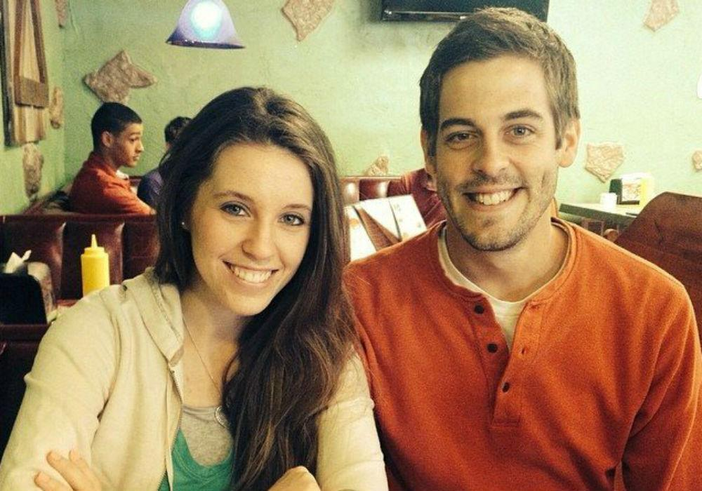 Counting On Fans Think They Have Proof Jill Duggar Is Pregnant With Baby No 3