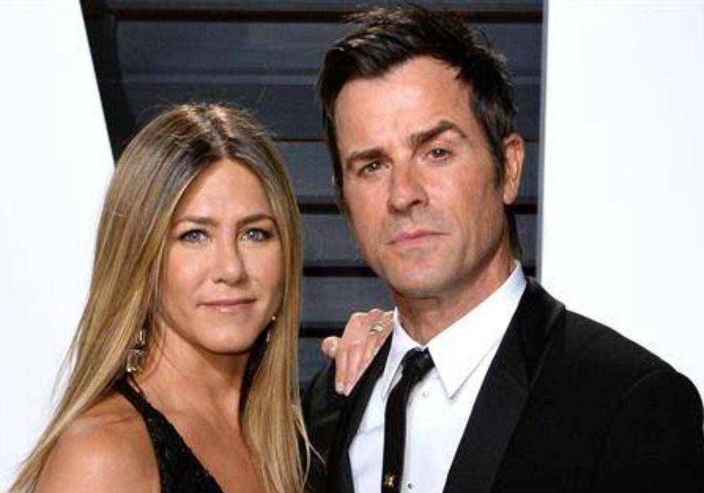 Do Jennifer Aniston And Justin Theroux Keep In Touch One Year After Announcing Their Divorce?