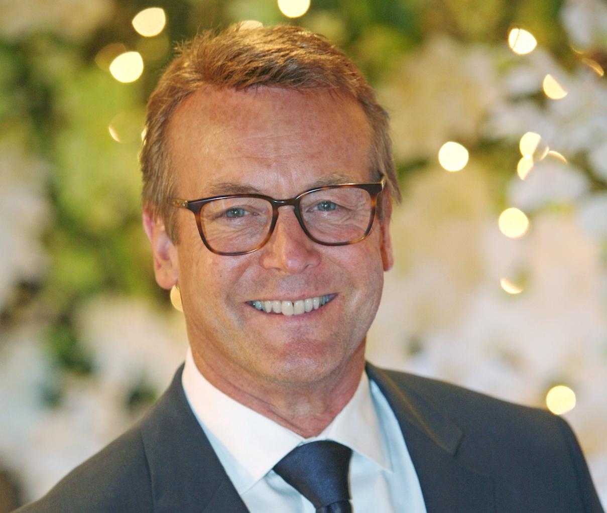 'Young And The Restless' Brings Back Veteran Doug Davidson After Firing Head Writer Mal Young!