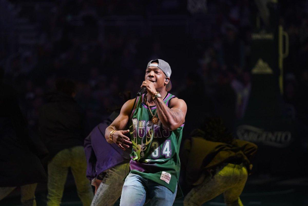 Ja Rule Places A 30-Year Curse On Timberwolves After They Clown Him For Awkward Halftime Performance