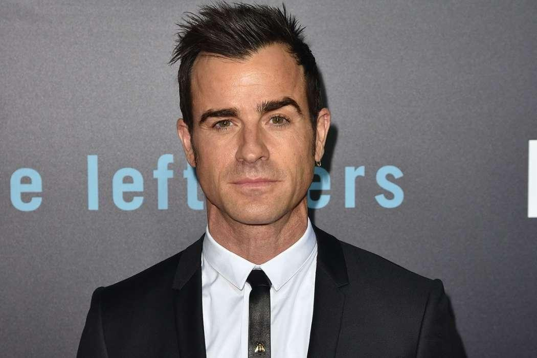 """Justin Theroux Suing His Neighbor For """"Verbal Spousal Abuse"""""""