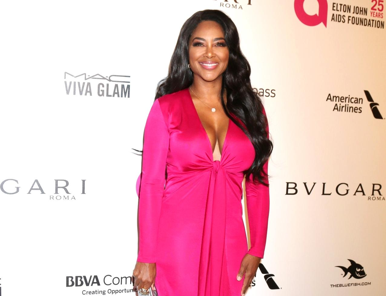 Kenya Moore Shares A New Gorgeous Photo With Baby Brooklyn And Fans Are In Awe