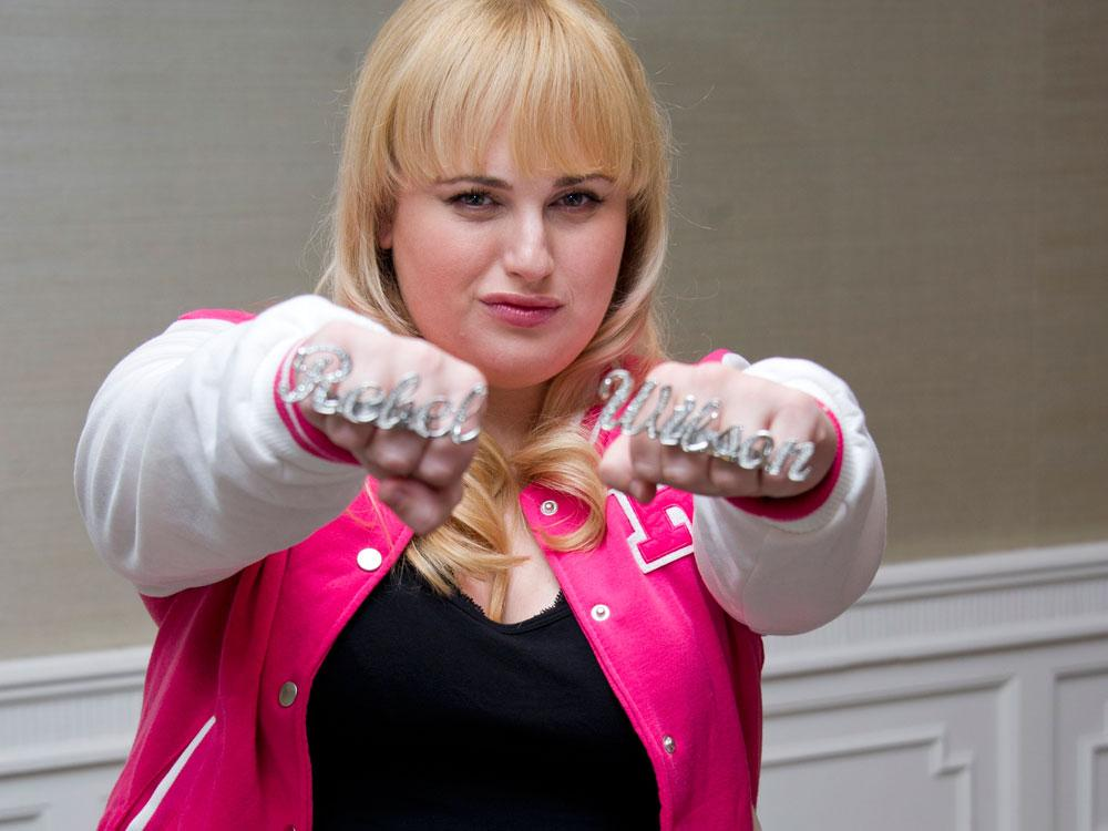 """Rebel Wilson Claims Liam Hemsworth Is Surprisingly Super Funny - He Has A """"Great Sense Of Humor"""""""
