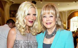 Tori Spelling Spotted With Her Very Wealthy Mother After She Is Ordered To Pay Amex $88k