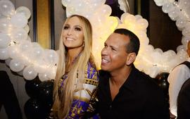 J.Lo And A-Rod Celebrate Their Second Anniversary - Check Out Her Romantic Post