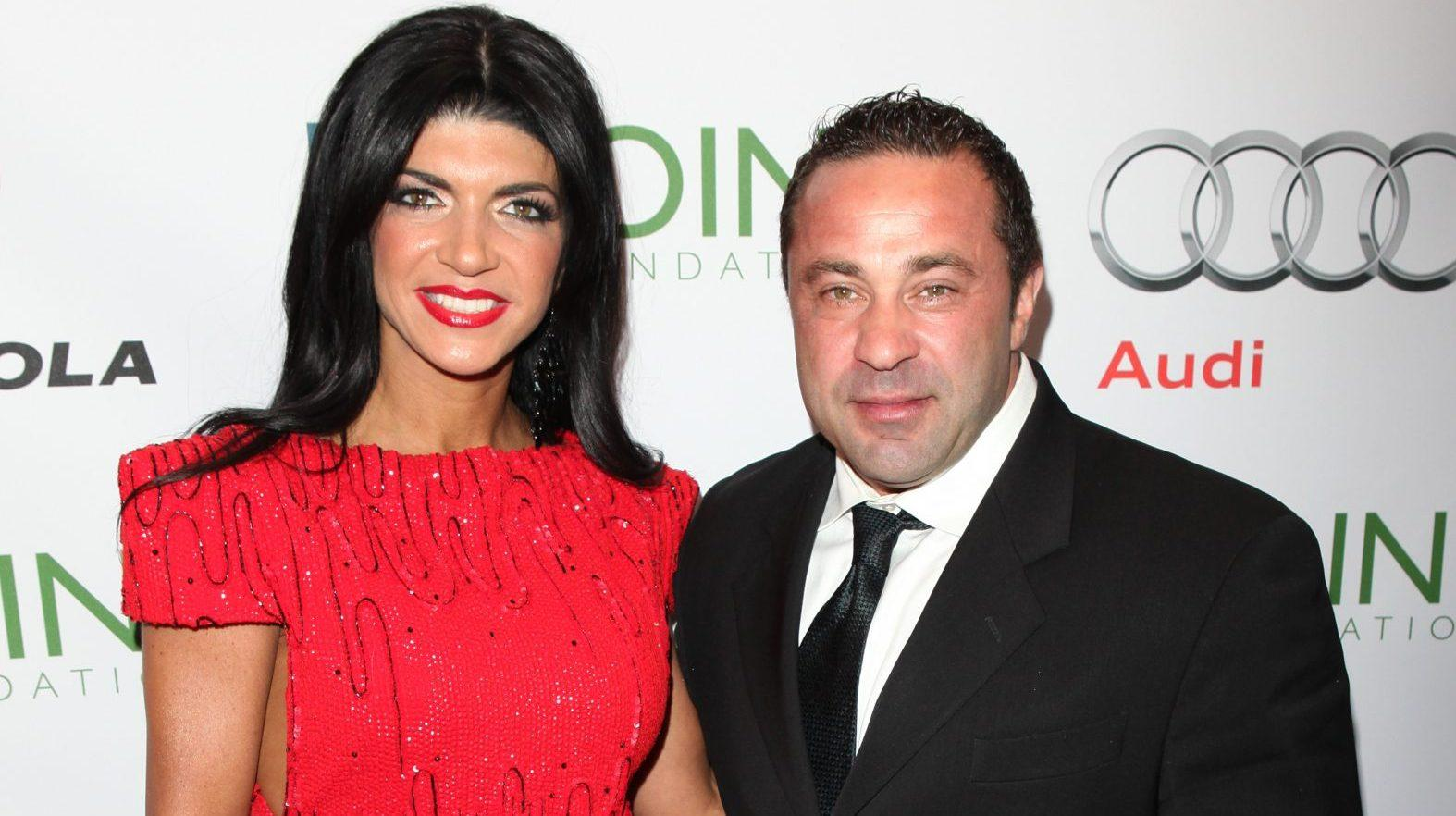 Teresa Giudice Thinks There's Nothing Wrong With Flirting With Other Guys While Hubby Joe Is Still In Prison