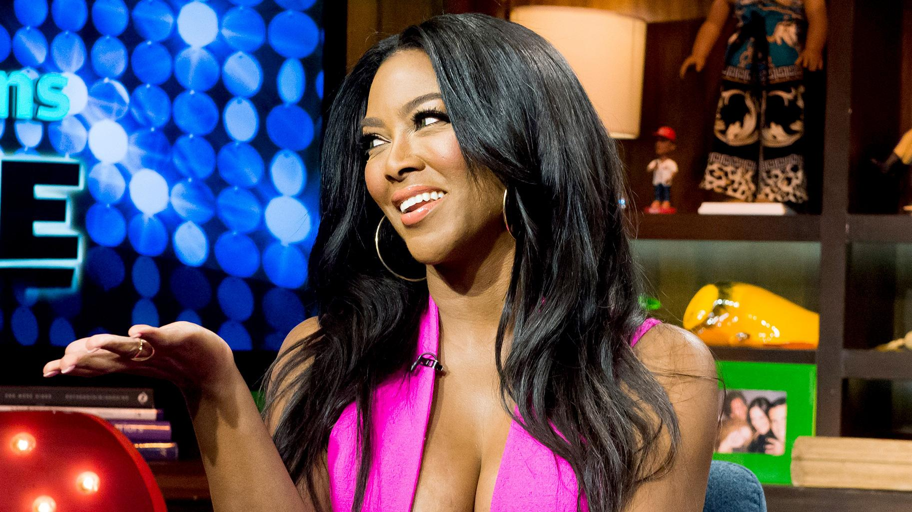 Kenya Moore's Husband Marc Daly Shut Down A Whole Business To Have A Private Romantic Valentine's Day With His Wife And Baby Girl - See The Stunning Photo
