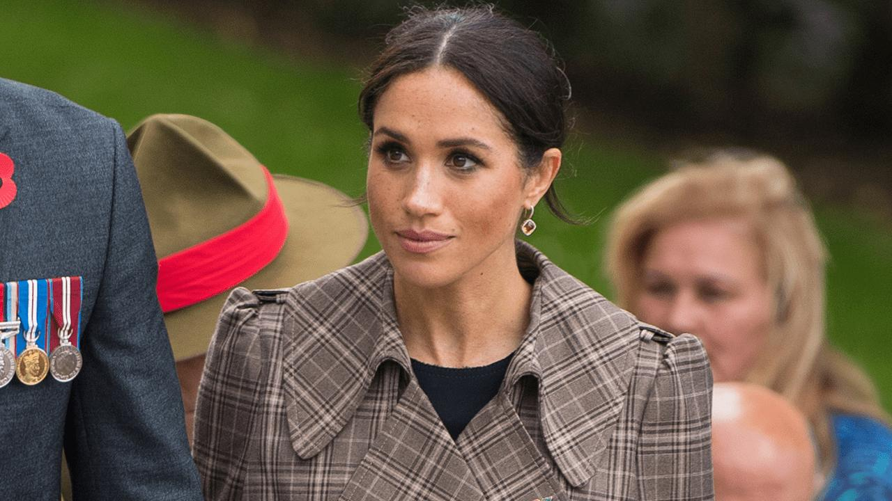 Meghan Markle - Close Friend Reveals She's Actually Tried To Contact Her Father Many Times Without Success!