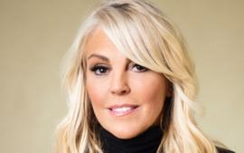Dina Lohan Dishes On Lindsay's Tweets Dissing Tamar Braxton