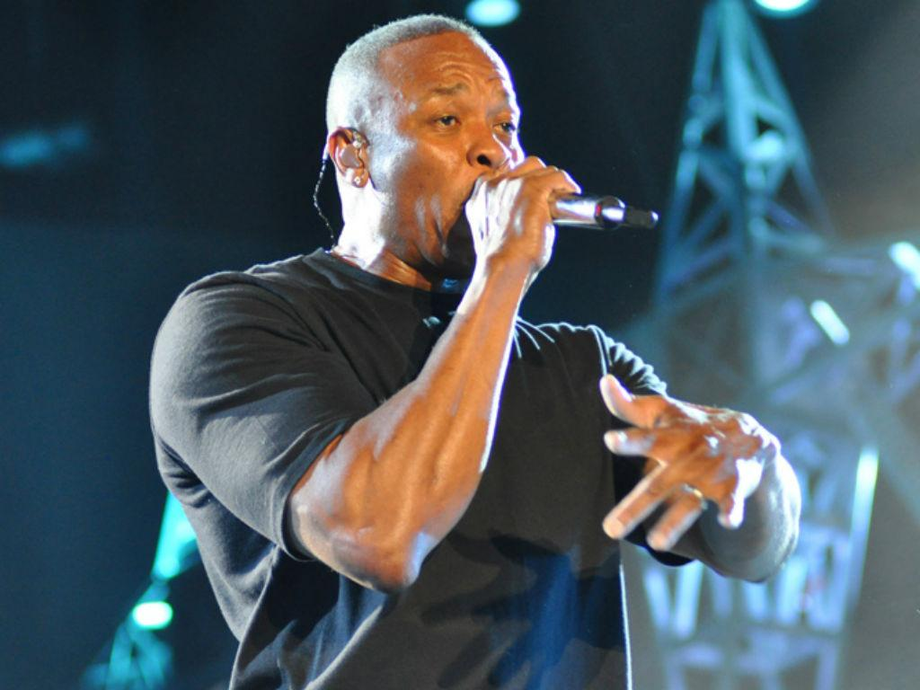 """Dr. Dre Boasts Daughter Accepted To USC """"On Her Own"""" But What About His $70 Million Donation?"""