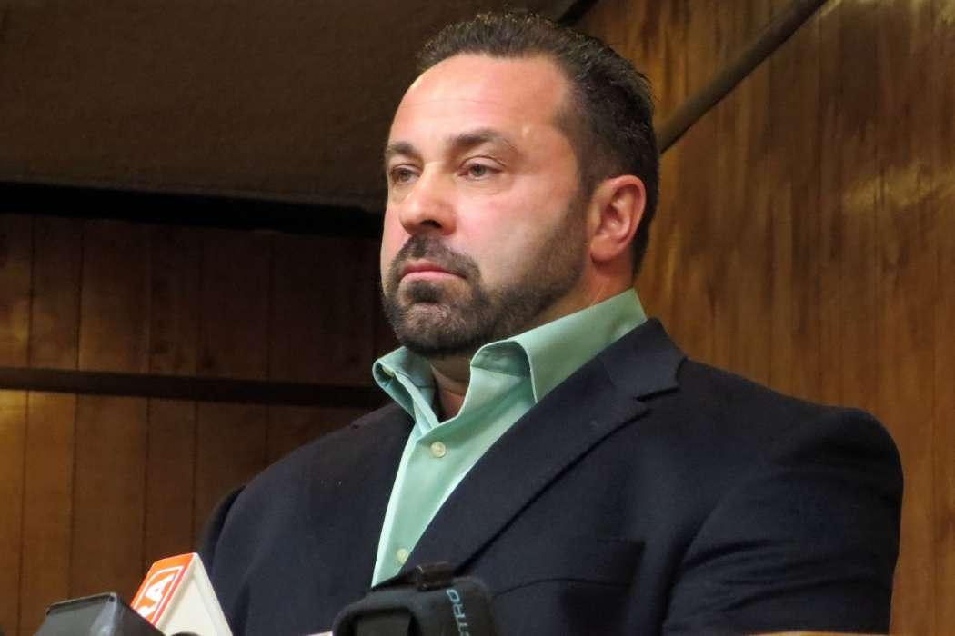 Joe Giudice Might Not Even Come Home To Visit Teresa And Their Four Daughters Following His Release From Prison