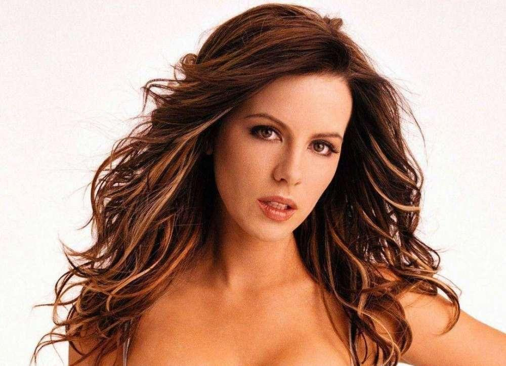 Kate Beckinsale Comes Back To Instagram After She Wiped It Clean