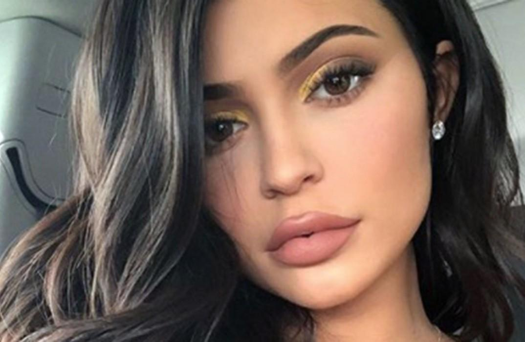 Fans Are Convinced Kylie Jenner Is Pregnant — Here's Why