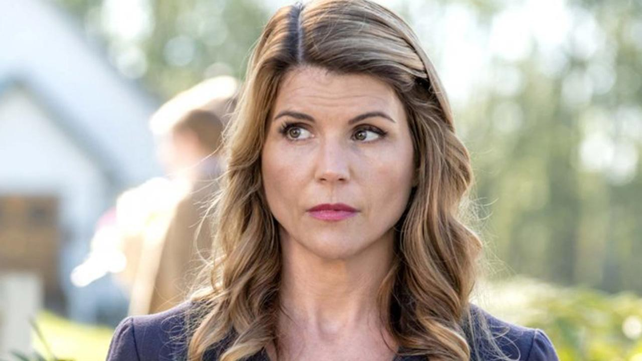 Lori Loughlin Talks Morals And Not Wanting Her Kids To 'Pay The Price' For Her Mistakes In Newly Surfaced Interview