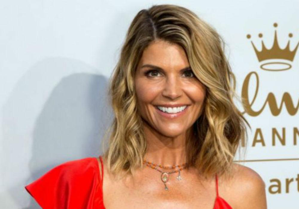 Lori Loughlin's Shocking Net Worth Revealed Amid College Admissions Scandal