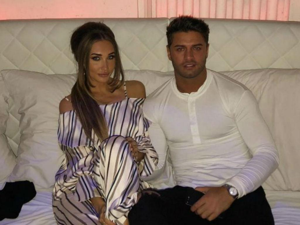 Love Island Star Mike Thalassitis Dead At Age 26 Social Media Flooded With Heartfelt Tributes