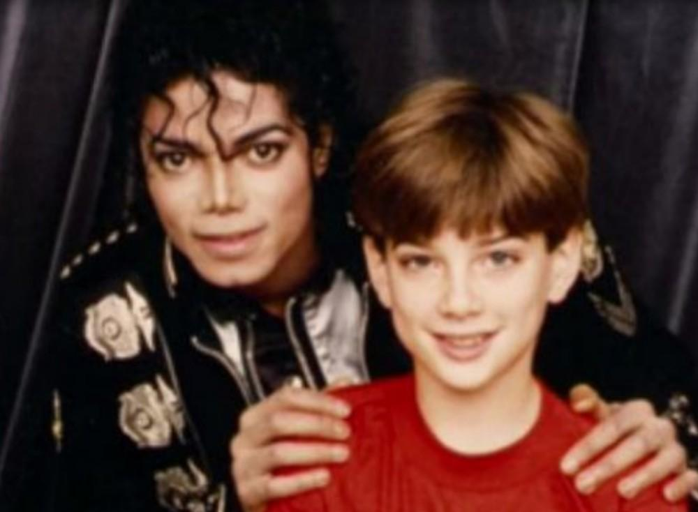 New Video Allegedly Shows Michael Jackson Jewelry Shopping With 'Leaving Neverland' Accuser Jimmy Safechuck