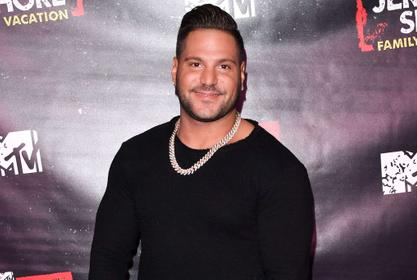 Source Close To Ronnie Magro Reveals How He Feels About Samantha Giancola's Engagement