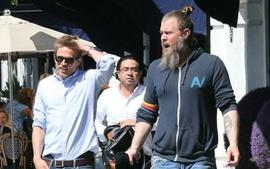 Triple Frontier Star Charlie Hunnam To Teach A Yoga Class With His Sons Of Anarchy Co-Star Ryan Hurst