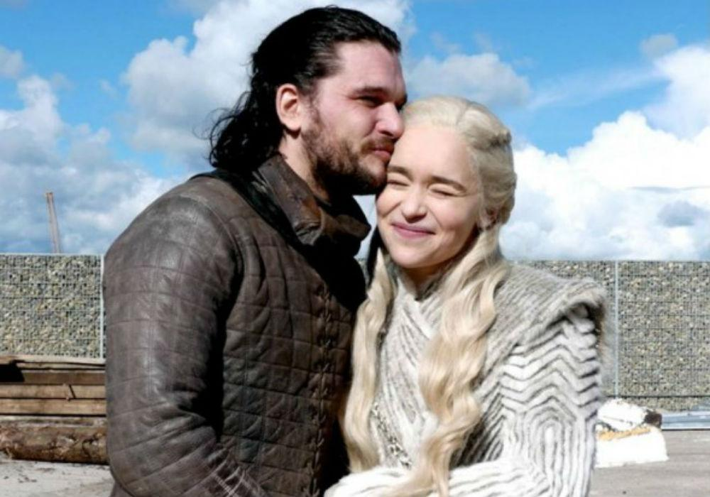 Working With Emilia Clarke On Game Of Thrones Made Kit Harington Want To Vomit