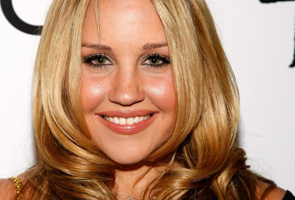 Amanda Bynes Mental Health Update: Fans Shower Actress With Love And Support After Reported Relapse