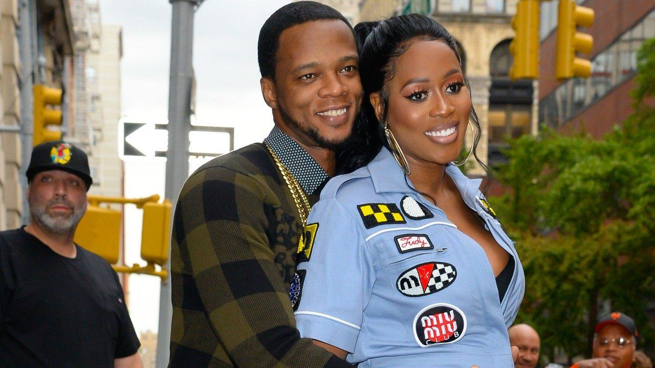 Papoose Has Fans Telling Him He's 'Everything A Man Should Aspire To Be' - He's Feeding The Golden Child While His Wife, Remy Ma Is Recording New Music - Check Out The Sweet Photo