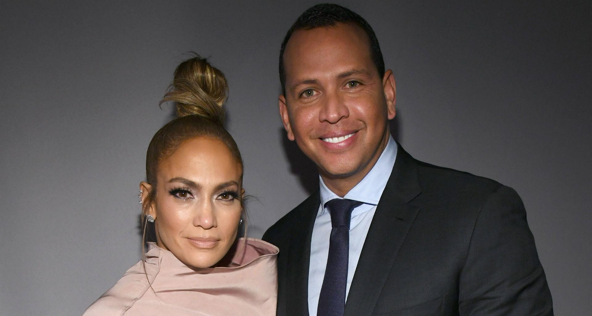 Alex Rodriguez And Jennifer Lopez Enjoy Romantic Outing At The Beach