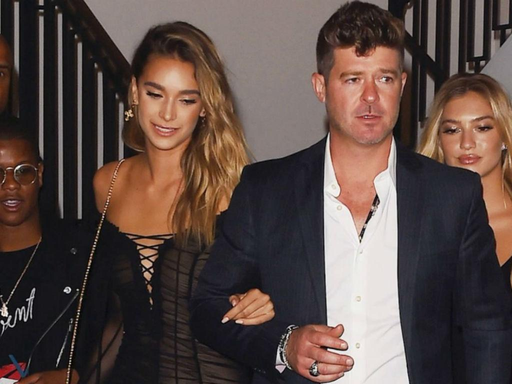 April Love Geary Has Best Response To Fiancé Robin Thicke And Khloe Kardashian Hugging