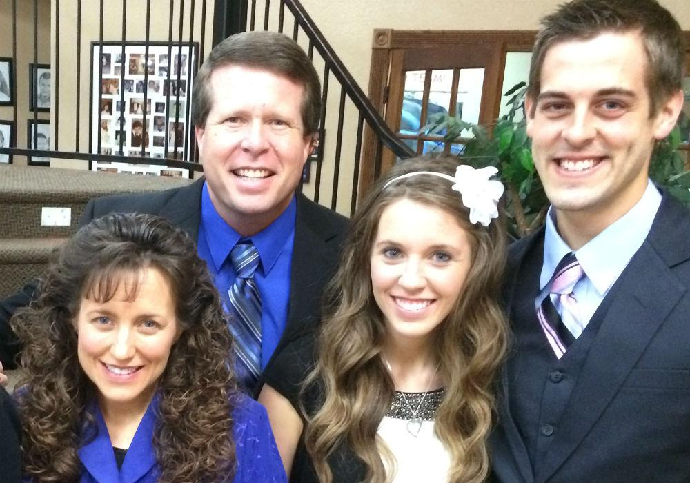 Are Former Counting On Star Jill Duggar's Parents To Blame For Her Problems With Derick Dillard?